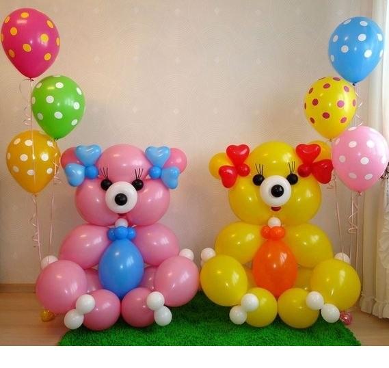 Медведи с шариками в горошек